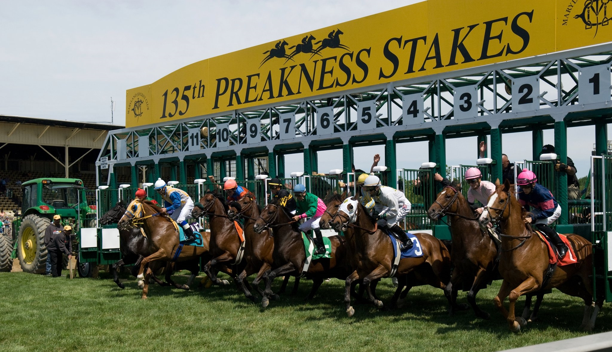 Belmont stakes what to wear